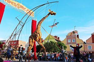 """XIX """"Šermukšnis"""": tris dienas Klaipėdoje siaus tarptautinis gatvės teatrų festivalis"""