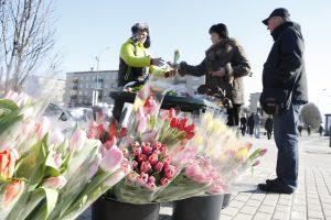Klaipėdoje sujudo prekeiviai gėlėmis