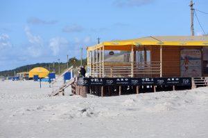 Senbuviai paplūdimiuose pozicijų neužleidžia