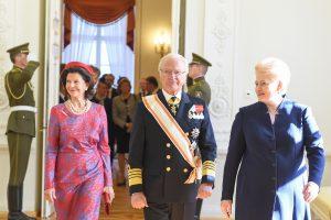 Uostamiestyje – karališkosios poros vizitas
