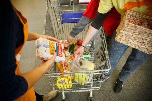 V. Baltraitienė ginasi dėl Kėdainių konservų fabriko maisto kainų skurstantiems