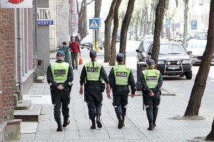 Apkarsta ir policininkų kasdienybė
