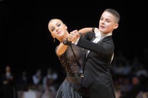 """""""Žuvėdros"""" šokėjų poros sėkmė tarptautinėse varžybose Čekijoje"""