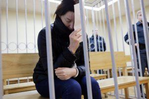 Daugiau nei 223 tūkst. eurų pasisavinusiai kasininkei skirta laisvės atėmimo bausmė