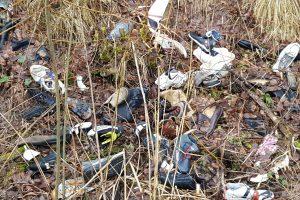 Griovyje – dešimtys batų