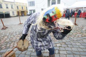 Užgavėnių šventė Klaipėdoje – su humoro doze