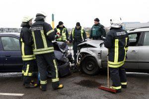 Per savaitę avarijos pražudė penkis žmones