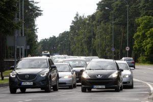 Lietuvos bankas tikisi, kad automobilių draudimo kainos taip sparčiai nebeaugs