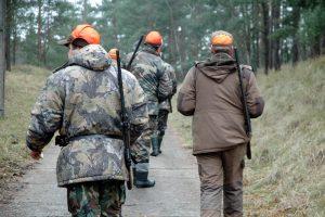 Aplinkosaugininkai galės tikrinti ir medžiotojų blaivumą