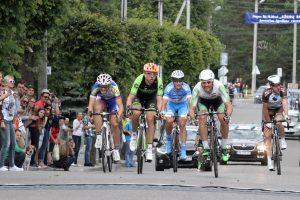 Šalies dviračių plento čempionate – R. Navardauskas ir R. Rumšas su sūnumis