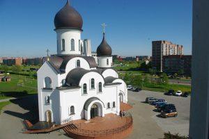 Į cerkvę keliauja jūrinės istorijos
