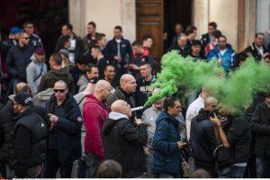 Olandų futbolo sirgaliai sukėlė riaušes Romoje