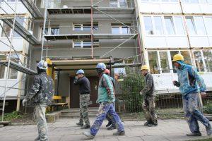Statybos bendrovių pelnas ir pajamos tirpsta