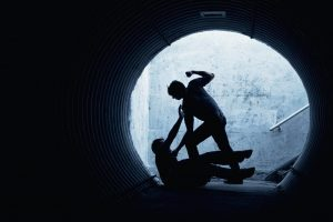 Užpuolikai vyrą apvogė pačiame sostinės centre