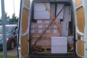 Pasieniečiams įkliuvo du mikroautobusai su kontrabanda