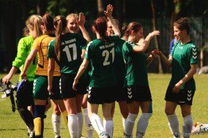 Lietuvos moterų futbolo mačuose – aikščių šeimininkių pergalės