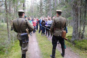 Istorijos pamoka: žygis miško brolių takais