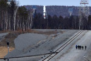 Rusija atidėjo pirmąjį raketos startą iš Rytų kosmodromo