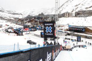 Prancūzijos slidinėjimo kurorte užgriuvusi lavina žmonių nepražudė
