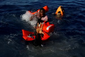 Prie Libijos krantų išgelbėta beveik pustrečio tūkstančio migrantų, dalis nuskendo