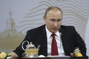 V. Putinas: Sirijoje yra apie 4 tūkst. kovotojų iš Rusijos