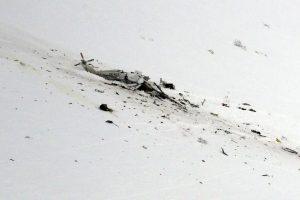 Italijos kalnuose sudužo gelbėtojų sraigtasparnis, skraidinęs šešis žmones