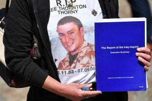 Tyrimas: Britanija ėjo kariauti Irake, kai taikūs būdai dar nebuvo išnaudoti