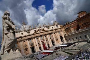 Dėl sausros išjungiami Vatikano Šv. Petro aikštės fontanai