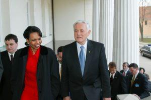V. Adamkų jubiliejaus proga pasveikino buvusi JAV valstybės sekretorė