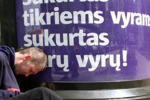 Apie 40 proc. viso alkoholio Lietuvoje išgeria vos 12 proc. girtuoklių