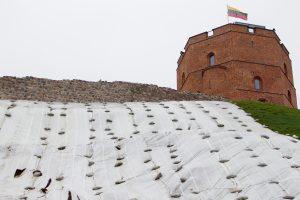 Vilniaus meras: negaunu tikros informacijos apie Gedimino kalno būklę