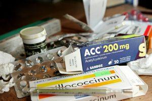 Ministerijos pažadai: pigs per 800 vaistų