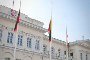 Prezidentūra: situacija dėl M. Basčio ir K. Pūko griauna pasitikėjimą Seimu