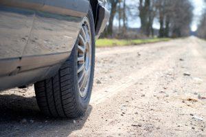 Premjeras: žvyrkelių asfaltavimui reikia naujo finansinio instrumento
