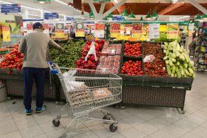 Valdantieji tarsis dėl PVM maisto produktams