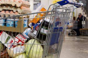 Skurdžiams ketinama nupirkti maisto už 22,5 mln. eurų