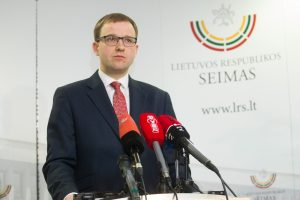 Seimas pradėjo apkaltos procesą V. Gapšiui