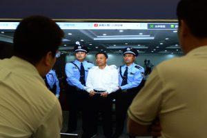 Kinijos politinio elito narys Bo Xilai nuteistas kalėti iki gyvos galvos