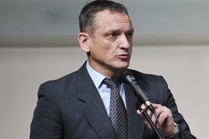 S. Buškevičius: gėda Kauno politikams, kad neuždraudžia rūkyti autobusų stotelėse