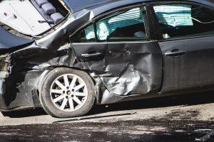 Savaitgalį per avarijas sužaloti 32 žmonės