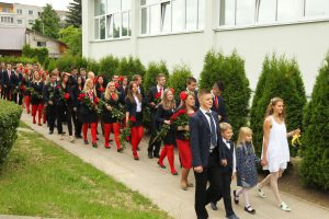Lietuvos mokyklose – Paskutinio skambučio banga