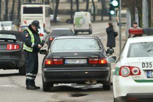 Nulio promilių reikalavimą dažniausiai sulaužo pradedantys vairuotojai