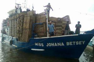 Karibų jūroje dingo laivas su 13 žvejų