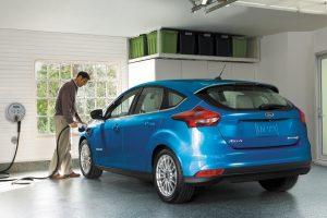 """Ford"" plečia elektromobilių asortimentą"