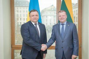 Ukrainos KT pirmininkas remia rusų teisėjų persekiojimą dėl Krymo aneksijos