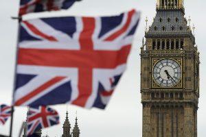 Areštuotas trečias su ataka Londono traukinyje siejamas įtariamasis