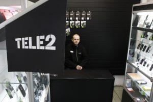 """""""Tele2"""" atsisako popierinių sutarčių"""