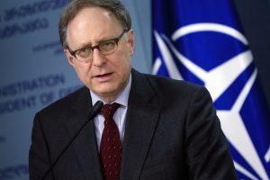 """NATO ir Rusija surengė ,,rizikos mažinimo"""" derybas"""