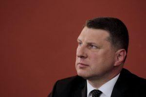 Latvijoje bus atleisti valstybei nelojalūs pedagogai?