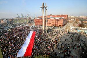 Lenkija atmetė ES reikalavimus dėl konstitucinio teismo krizės